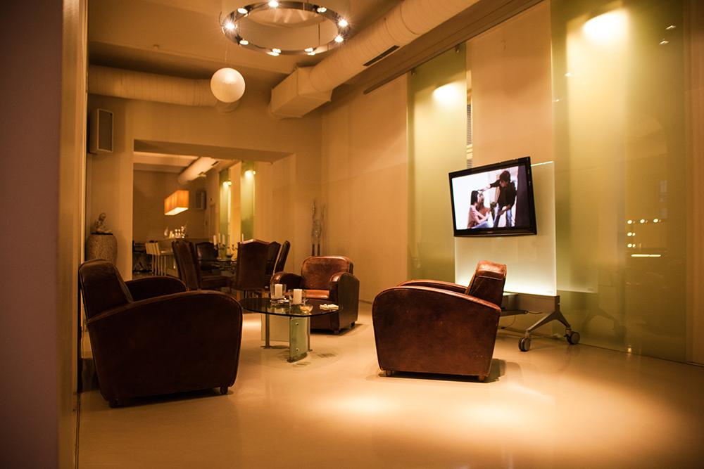 Unsere neue OLAPLEX Lounge in Mariahilf