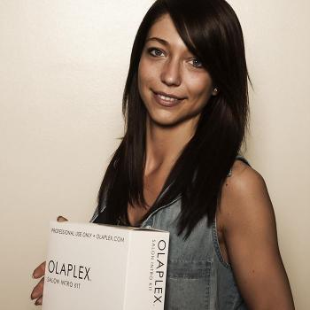 Der neue Trend: Haare färben mit Olaplex